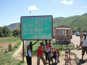 Randi at the Tanzania–Malawi border